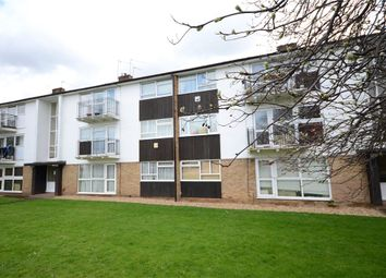 Thumbnail 2 bed flat for sale in Cookham Road, Maidenhead, Berkshire