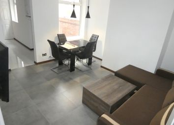 Thumbnail 4 bed barn conversion to rent in Upper West Grove, Manchester