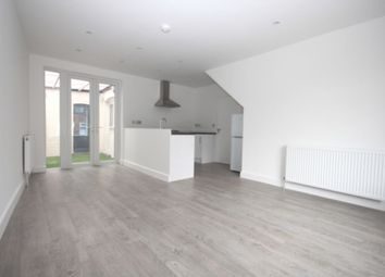Thumbnail 1 bed flat to rent in Hendon Lane, Finchley