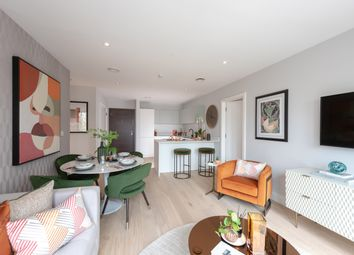 Thumbnail 1 bed flat for sale in Lionel Road South, Kew Bridge