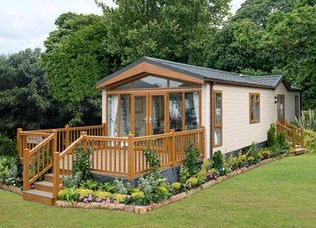 Thumbnail 2 bedroom lodge for sale in Goudhurst Road, Marden, Tonbridge, Kent