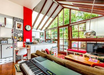 Thumbnail 3 bed flat for sale in Milton Avenue, Highgate