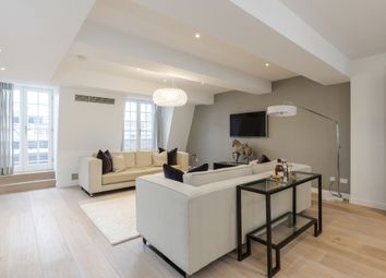 Thumbnail 3 bedroom flat to rent in Berners Street, London