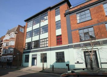 Thumbnail 6 bed flat to rent in Tudor Grove, London