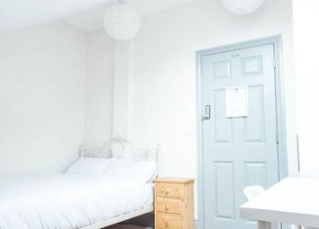 Thumbnail Room to rent in Elm Grove, Southsea, Portsmouth