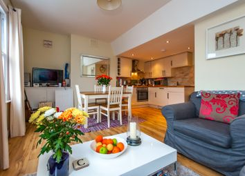 Thumbnail 2 bed flat to rent in Lindore Road, Battersea, London