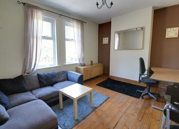 2 bed flat to rent in Walnut Street, Leicester LE2
