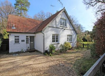 Thumbnail 4 bed cottage for sale in Woodlands Road, Ashurst, Southampton