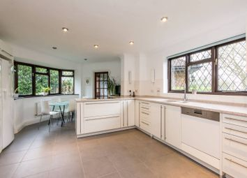 Thumbnail 5 bedroom detached house for sale in Garden Close, Arkley
