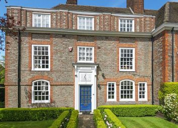 Thumbnail 7 bed end terrace house for sale in North Square, Hampstead Garden Suburb, London