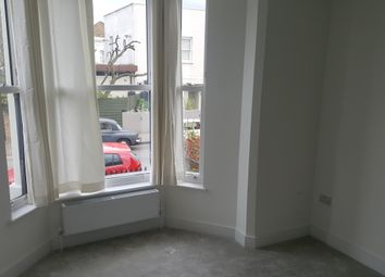 Thumbnail 2 bed flat to rent in Springdale Road, Hackney