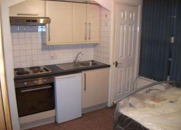 Thumbnail Property to rent in Waylen Street, Reading