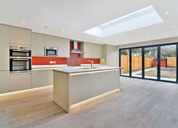 Thumbnail 4 bed property to rent in Middle Way, Streatham, London