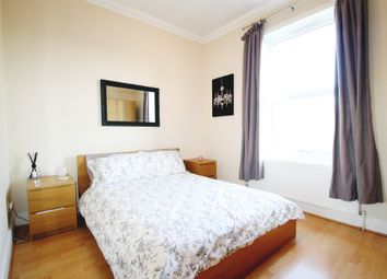 Thumbnail 1 bed flat to rent in Hollybush Hill, Snaresbrook, London, London