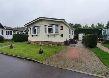Thumbnail 2 bed mobile/park home for sale in Cherry Tree Close, Chieveley, Newbury