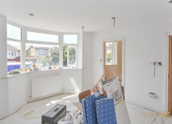 Thumbnail Studio to rent in Melville Gardens, London