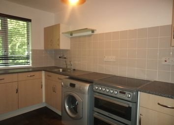 Thumbnail 1 bed flat to rent in Thrush Walk, Cowplain, Waterlooville