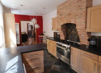 Thumbnail 5 bed property to rent in Knighton Road, Leicester