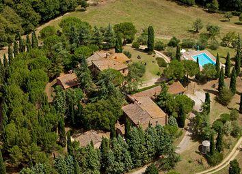 Thumbnail Farm for sale in Chiusi, Chiusi, Siena, Tuscany, Italy