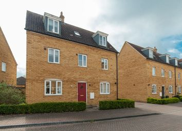 Thumbnail 5 bed detached house for sale in Russet Close, Bedford