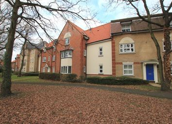Thumbnail 2 bed flat to rent in Handleys Chase, Laindon, Basildon
