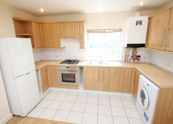 2 bed flat to rent in Drakes Drive, St.Albans AL1