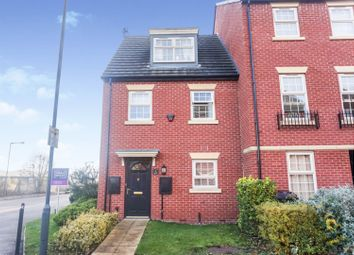 3 bed town house for sale in Bramblehedge Drive, Derby DE24