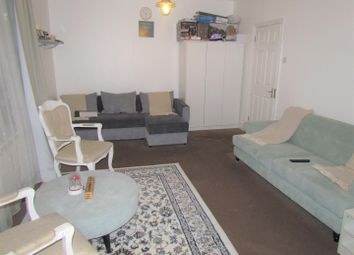 Thumbnail 1 bed flat to rent in Gordon Road, Ilford