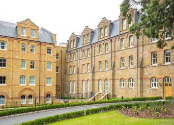 Thumbnail 2 bed flat for sale in Elmbridge Court, 5 Holborn Close, Mill Hill, London