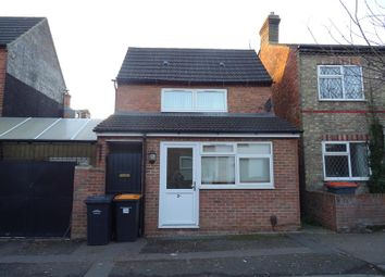 Thumbnail 1 bed link-detached house to rent in Beaconsfield Street, Bedford