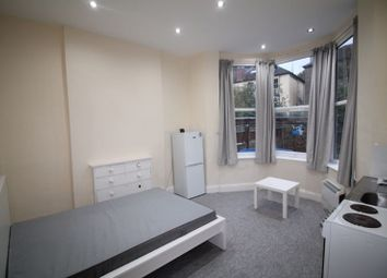 Thumbnail Room to rent in Belmont Road, St Andrews