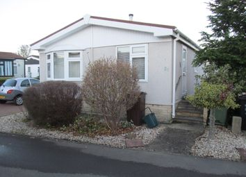 2 bed mobile/park home for sale in Beta Boulevard, Kings Copse Park, Garsington, Oxford OX44