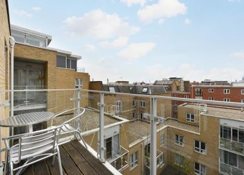 Thumbnail 1 bed flat to rent in Narrow Street, London
