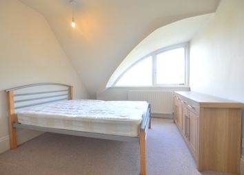 Thumbnail 2 bedroom flat to rent in Streatham Common North, Streatham Common