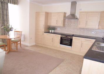 Thumbnail 2 bedroom flat to rent in Turnshaw Road, Kirkburton, Huddersfield
