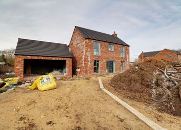4 bed detached house for sale in College Road, East Halton, Immingham DN40