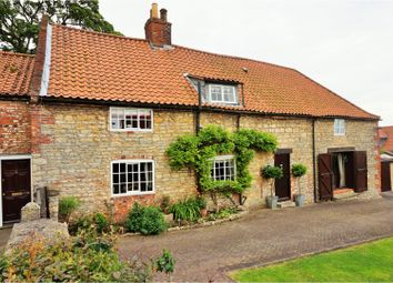 Thumbnail 4 bed cottage for sale in Queen Street, Gainsborough