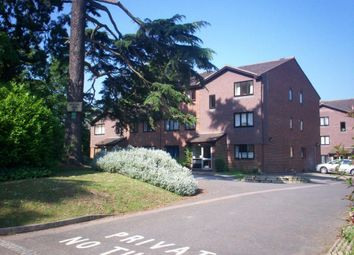 Thumbnail 2 bedroom flat to rent in Sequoia Park, Crawley