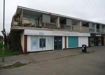Thumbnail Retail premises to let in 74 & 76 Franklin Avenue, Tadley, Hampshire