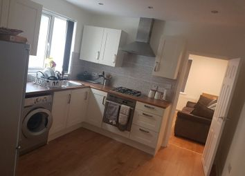 Room to rent in Straight Road, Romford RM3