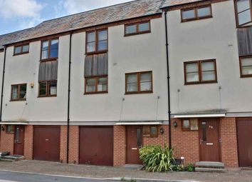 4 bed town house for sale in Northbrook Crescent, Basingstoke RG24