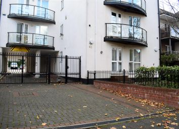 Thumbnail 3 bed flat to rent in Eaton Road, Sutton