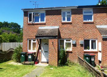 Thumbnail 1 bed property to rent in Kenilworth Close, Crawley