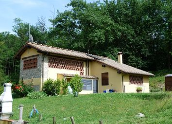 Thumbnail 8 bed country house for sale in Mastiano, Lucca (Town), Lucca, Tuscany, Italy