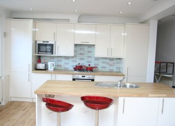 Thumbnail 3 bed flat to rent in Nant Road, London