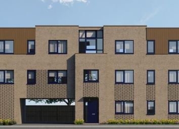 Rowlandson Way, New Bradwell, Milton Keynes MK13. 2 bed flat for sale