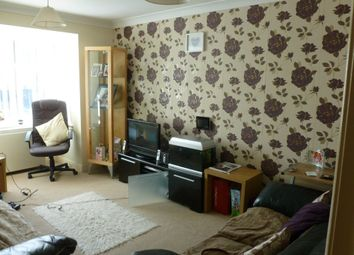 Thumbnail 2 bedroom flat to rent in Waterloo Road, Blackpool