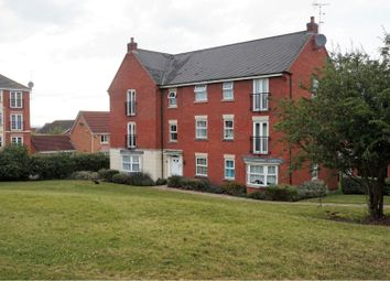 Thumbnail 2 bed flat for sale in 212 Sandhills Avenue, Leicester