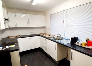 Thumbnail 2 bed flat to rent in Carnarvon Road, Clacton-On-Sea
