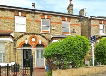 Thumbnail 1 bed flat to rent in Carden Road, Nunhead, London